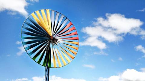 beautiful-wind-turbine-for-renewable-electricity-generator
